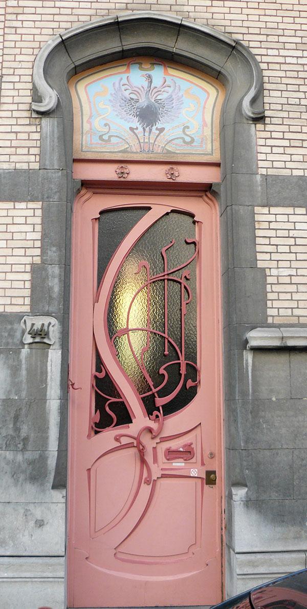 необычные металлические двери