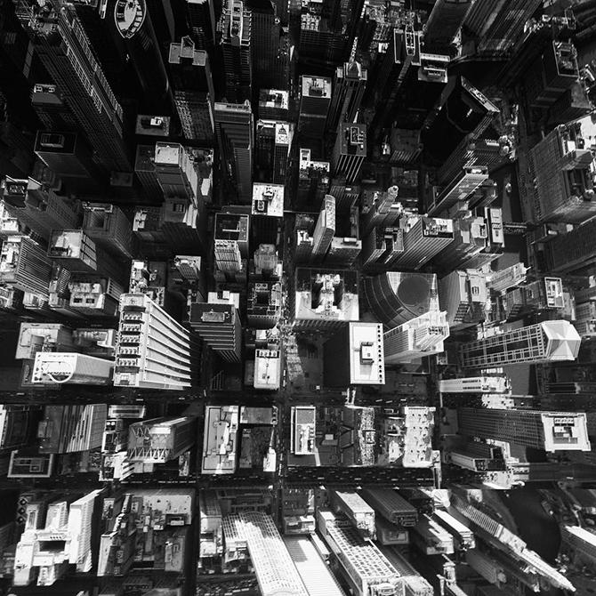 Фото городов мира в высоком разрешении черно белые с яркими элементами