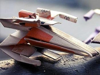Изделия из оригами в стиле Звездных войн.