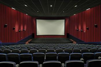 Кинотеатр на воде из Тайланда