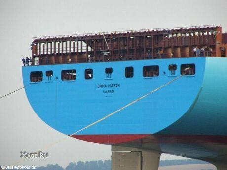 Самый большой грузовой корабль в мире